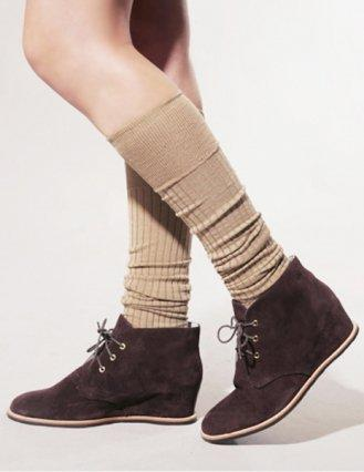 Hidden wedge suede shoes