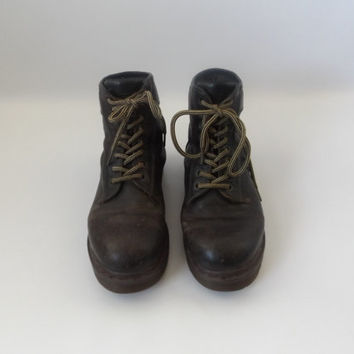 90s Grunge Dr Marten Boots Vintage Dark Brown Leather Lace Up Work Combat Shoes Size UK 8 Made In England Docs 1990s Revival Punk Rocker