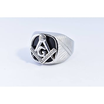 Vintage 1980's Gothic Silver Stainless Steel Genuine Black Onyx Free Mason Apprentice Men's Ring