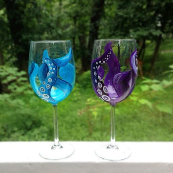 Hand painted octopus tentacle wine glasses by ArianaVictoriaRose