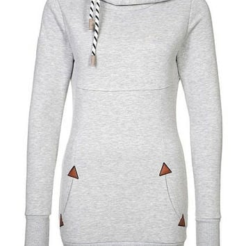 White Long Sleeve Triangle Pattern Hoodie