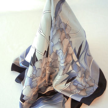 Blue Hydrangea Scarf by Gaemi Fashion, Navy and Pastel Dusty Blue Deco Style, Reflective Fabric, 80s Large Square