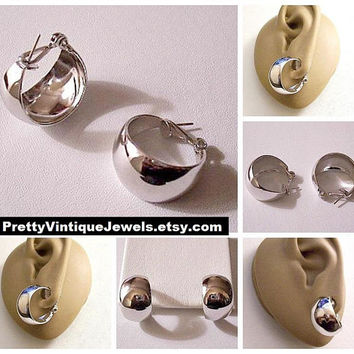 Monet Wide Bottom Hoops Pierced Earrings Silver Tone Vintage 1960s Pat Pend Graduated Wide Band Support Clips