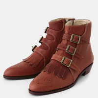 Jett Boots In Cognac By Modern Vice
