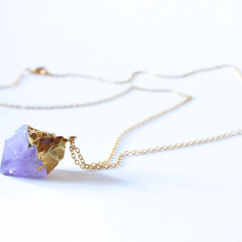 Dainty Chain Necklace with Gemstone Amethyst Pendant