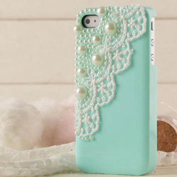 Iphone 4/4s Cover Decorated with White Lace and Pearls / Three Colors / Mint Green, Light Pink, Pink / Trends Accessories / Friendship Gift