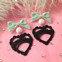 Mint Chocolate Chip Sweetheart Earrings by imyourpresent on Etsy