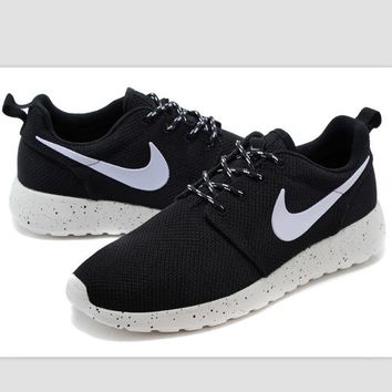 """NIKE"" roshe Trending Fashion Casual Sports A Simple yet Powerful Style Nike Shoes Bla"
