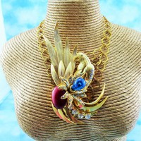 Designer Signed Uno Erre Italy Ex Large Gold Plated Crystal Parrot Pin On Tapestry Necklace