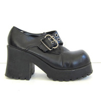 Vintage 90s Goth black platform shoes. women's ankle shoe boots with silver buckles