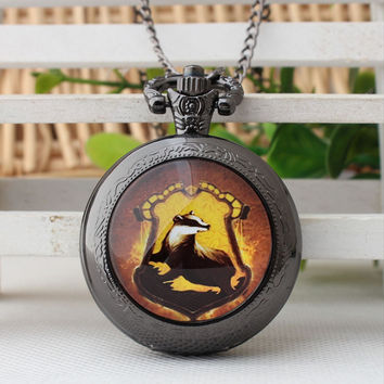 Harry Potter Hogwarts College logo Necklace