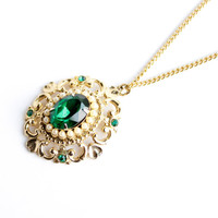 Vintage Emerald Green Glass Stone Necklace - Gold Tone Faux Pearl Costume Jewelry / Filigree Pendant