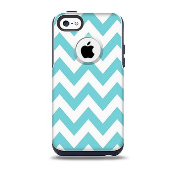 The Subtle Blue & White Chevron Pattern Skin for the iPhone 5c OtterBox Commuter Case
