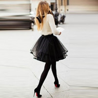 Free Shipping Black Sexy Short Tutu Tulle Skirt 5 Layers Puffy A Line Short Skirt Party Fashion Tulle Skirts Elegant Skirts