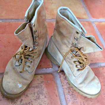 Vintage Mens Work Boots Camel Brown Leather Lace Up Northlake Waterproof Vibram Soles 90s Grunge Size 10.5 D Free Shipping