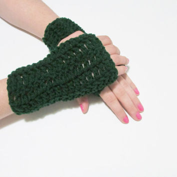 Forest Green Wrist Warmers, Crochet Simple Fingerless Gloves, FREE US SHIPPING, Driving Gloves, Texting Gloves, Christmas Gift, Dark Green