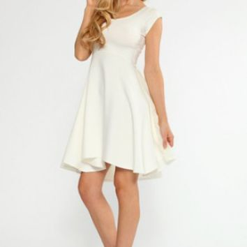 Quontum Cream/Georgette Swing Dress