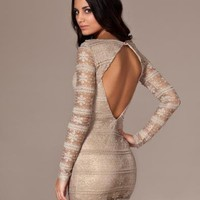 Metallic Lace Open Back Bodycon Dress - Three Little Words - Guld - Festkl?nningar - Kl?der - NELLY.COM Mode online p? n?tet