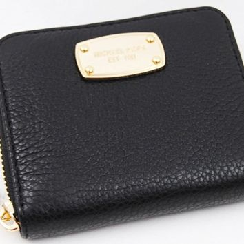 Michael Kors Pebbled Leather Jet Set Zip Around Bifold Wallet