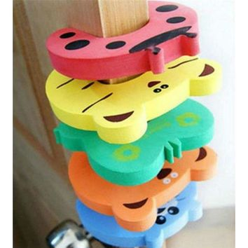 New Lovely Cartoon Animal Baby & Kids Toddler Child Safety Care Security Door Stopper Corner Protector Finger Guard Protection
