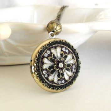 Vintage Necklace-Filigree Locket-Victorian Jewelry-Wedding Gif-Unique Necklace Jewelry-Bride Locket-Photo Locket-Boho Pendant-Brass Locket