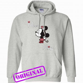3 Minnie Kissing Mickey + Mrs + Mate for women for hoodie ash, hooded ash unisex adult