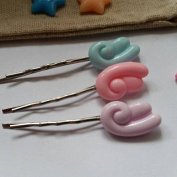 Set of three fairy kei. Sweet lolita. Pastel fairy angel wing clips. Bobby pins