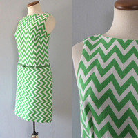 Lanz mod dress - vintage 60s green white zig zag novelty print sleeveless mini knee length mod a line shift sheath geometric tank go go belt