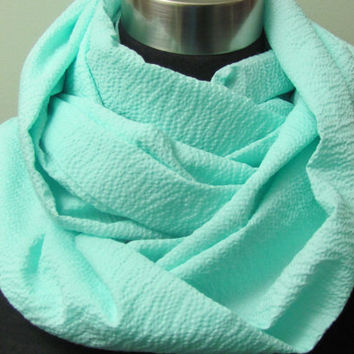 Textured Soft Mint Seafoam Inifinty Scarf