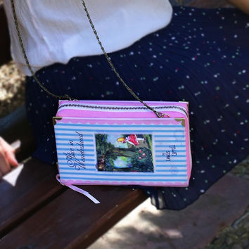 Purse Book ALICE IN WONDERLAND