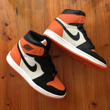 DCCKFX2 Jordan 1 Retro Shattered Backboard 555088-005