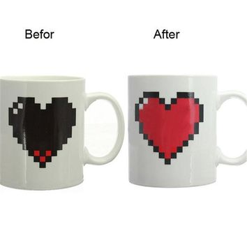Hot Changing Color Cups Heat Reactive Mugs Heart Shaped Cups (Color: White)