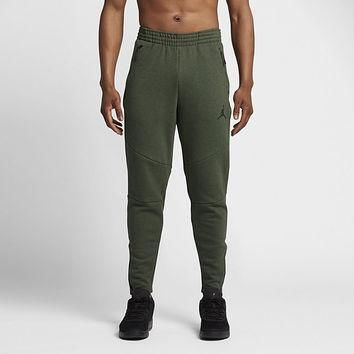The Jordan Shield 465 Fleece Men's Pants.