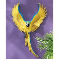 Design Toscano Phineas the Flapping Macaw Bird Wall Sculpture - QL129918