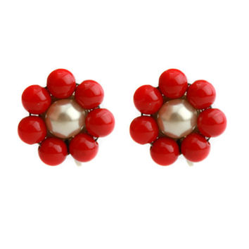 Vintage Red Beaded Flower Earrings / Screw Back Earrings