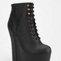 Urban Outfitters - Jeffrey Campbell Smooth Damsel Platform Boot