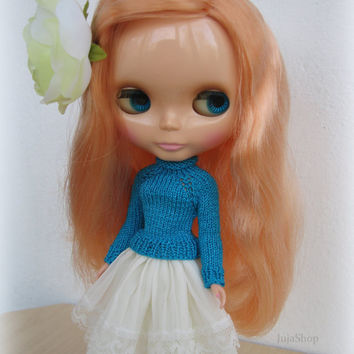 Hand knit doll sweater for Blythe, pullover, blythe clothes, Handmade
