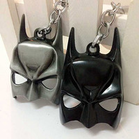 High Quality Zinc Alloy Mini Batman Mask Key Chains The Dark Knight Mask Keychains For Mens ( 3 Color ) hwd