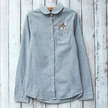 Cat embroidery lapel striped shirt