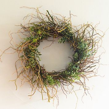 Miraloma Willow and Boxwood Wreath