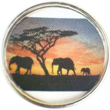 Mom Dad Baby Elephant Family Walking In The Sunset Picture 18MM - 20MM Fashion Snap Jewelry Charm New Item