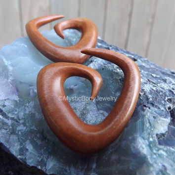 Wood Hangers 0g Spiral Plugs 00g Gauge Red Saba Organic Hanger Triangle Spirals Plug Earrings Sprial Body Jewelry Stretched Ear Gauged Ears