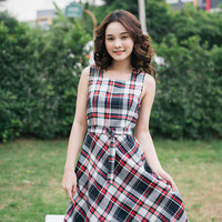 Baverly - Checkered Dress Black and Red Gingham Dress Modest Summer Dress Belt included Swing Dance Dress Vintage