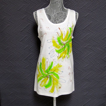 Woman's Sleeveless Tank Top Tee Shirt Hand Painted White Green Yellow Bursts All Cotton Large (42-44) Beach Coverup, Yoga, Gym Everyday Wear