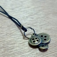 Bronze Charm -Tiny Buttons from Pelhuaz by Red