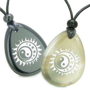Amulets Magic Earth Yin Yang Sun Moon Star Love Couples Agate Black Agate Pendant Necklaces