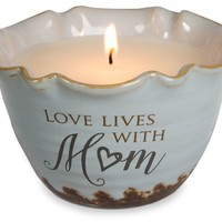 Love lives with mom Single Wick Soy Candle