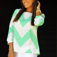 Wild Wide Chevron Top: Mint | Hope's