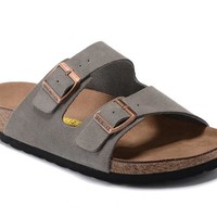 Men's and Women's BIRKENSTOCK sandals Arizona Soft Footbed Suede Leather 632632288-004
