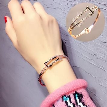 Stylish Shiny Jewelry New Arrival Diamonds Couple Fashion Ring Simple Design Bangle [10399363988]